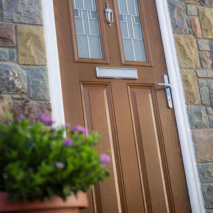 http://www.prenton-glass.co.uk/wp-content/uploads/2016/01/composite-doors.jpg